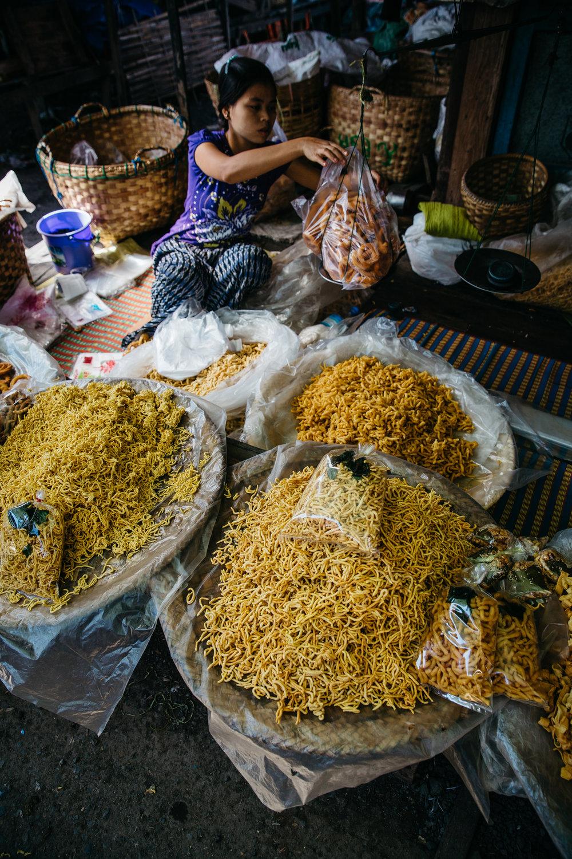 DD_Myanmar_InleLake_Card04-c14.JPG