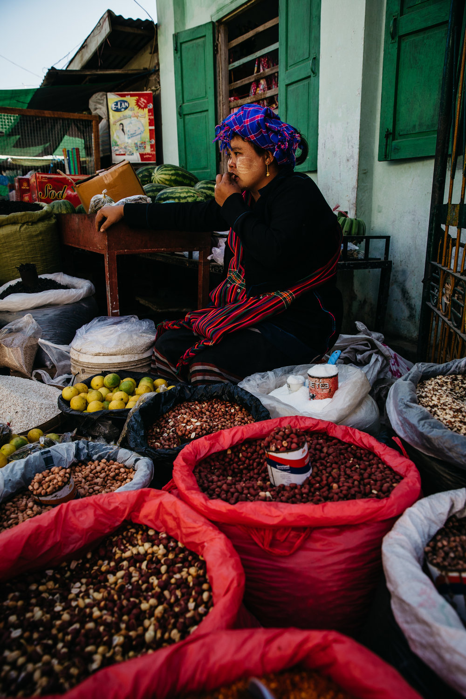 DD_Myanmar_InleLake_Card04-c33.JPG