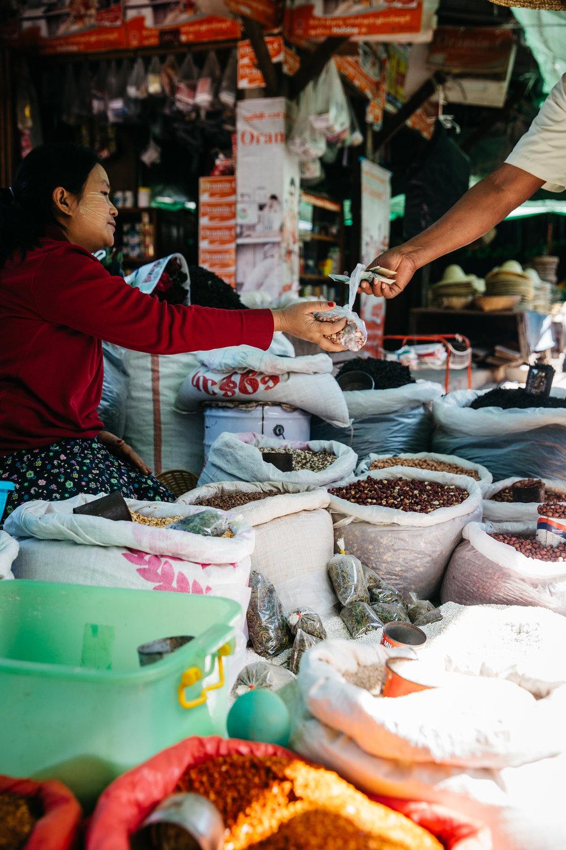 DD_Myanmar_InleLake_Card04-c92.JPG