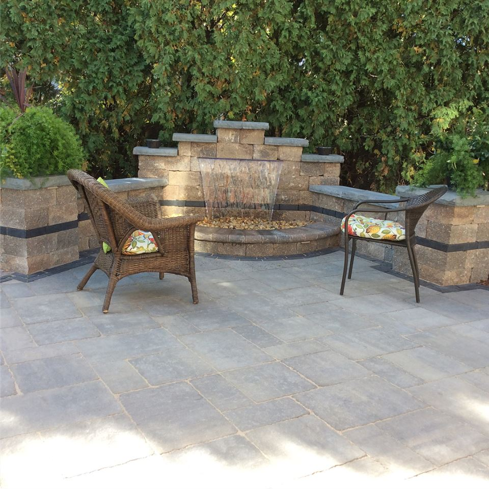 Brick paving patio and water feature in Hinsdale, IL
