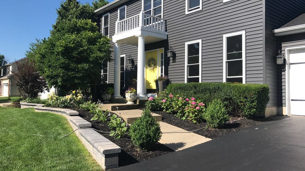 Plantings and brick paving in Glen Ellyn, IL