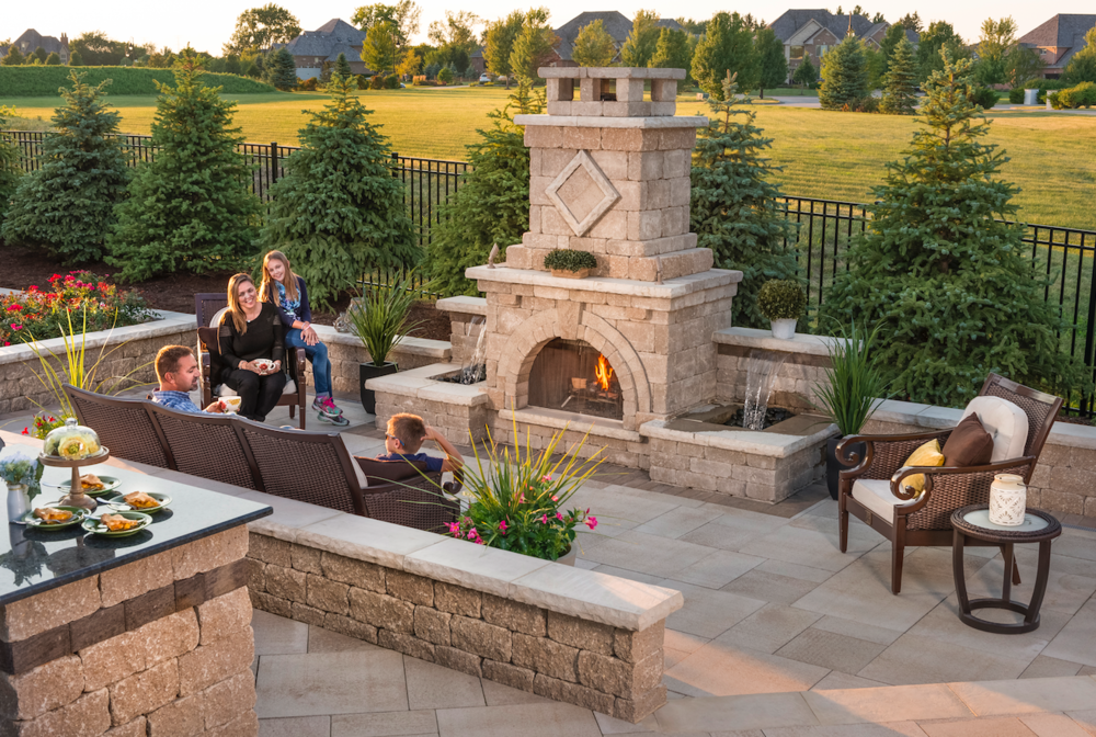 Making an Outdoor Fireplace the Focal Point of Your Glen Ellyn, IL, Landscape