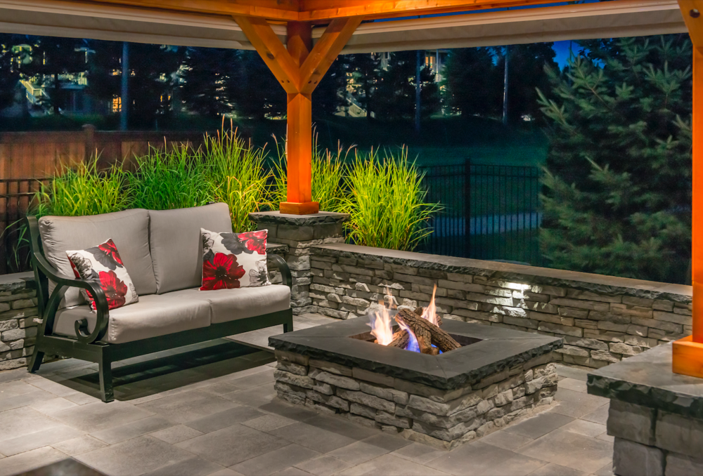 3 Unique Outdoor Fireplace and Fire Pit Designs to Consider in Hinsdale, IL