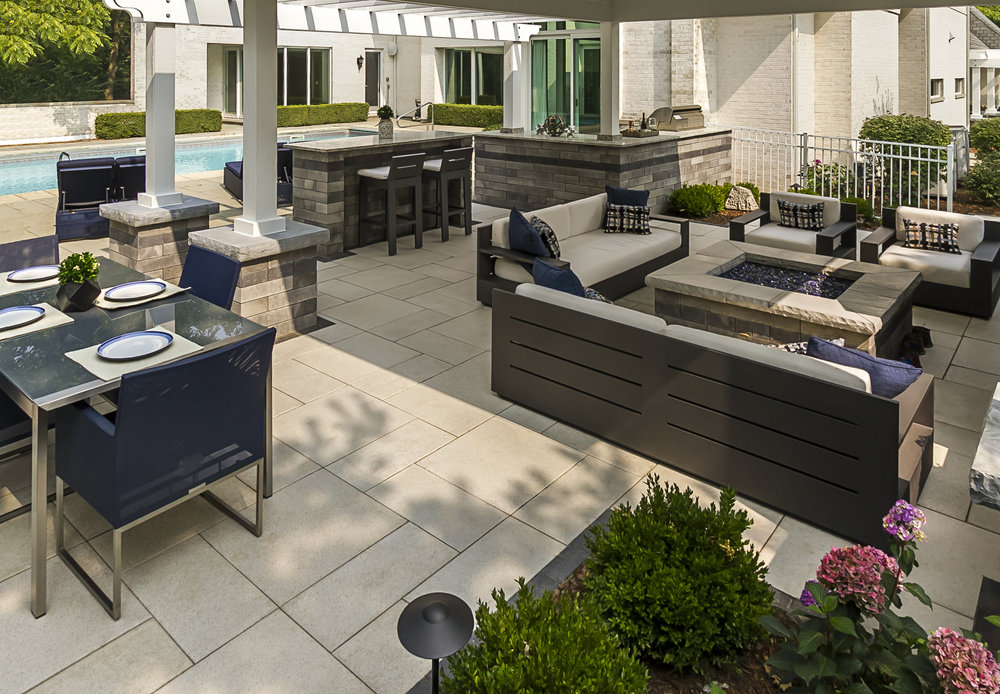 5 Outdoor Kitchen Ideas for Your Contemporary Home in Burr Ridge, IL