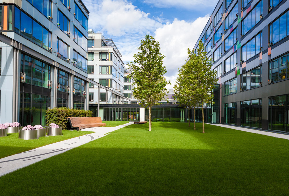 5 Signs You Should Invest in Commercial Landscaping in Hinsdale, IL