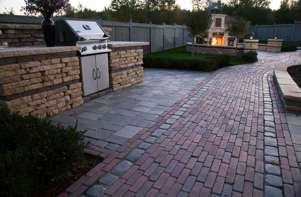 Functional Yet Aesthetically Pleasing Outdoor Kitchen Ideas in Oswego, IL