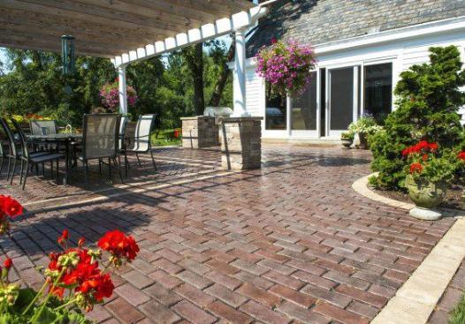 9 Brick Patio Design Ideas In Naperville Il Goldleaf Landscape