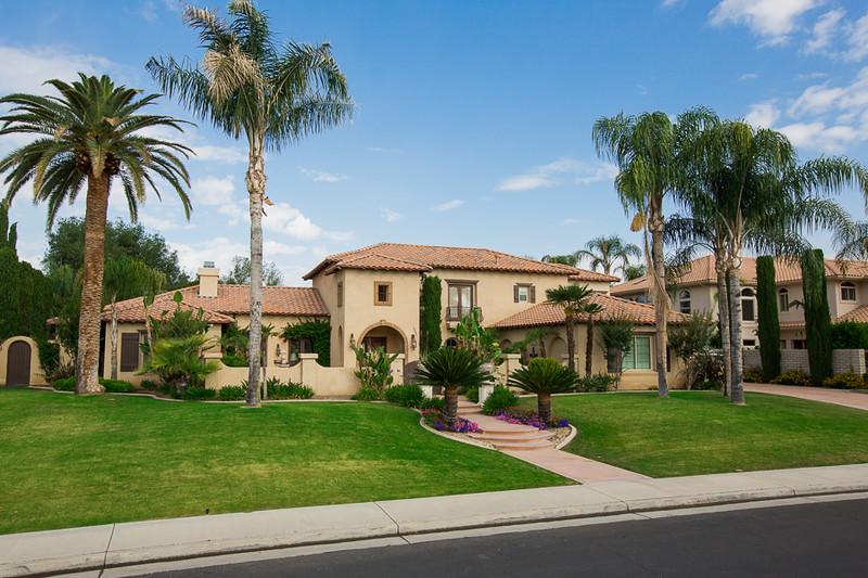 Seven Oaks Home (Photo taken by Curtis Nemetz)