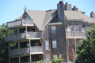 Barrier Island Station Vacation Week - Duck, North CarolinaSunday, September 15 – 22, 2019Value: $1,200.00Amenities:3rd story condo with beautiful unobstructed sunset views of Currituck SoundBeach access, indoor and outdoor pools3 bedrooms: Sleeps 8 with pull-out sofa2nd floor King Bedroom with deck and shared Bathroom with 2nd floor twin room1st floor Queen Bedroom and Bathroom and Washer/DryerLiving Room, Dining Room with deck and stocked Kitchen.There is no elevator available.