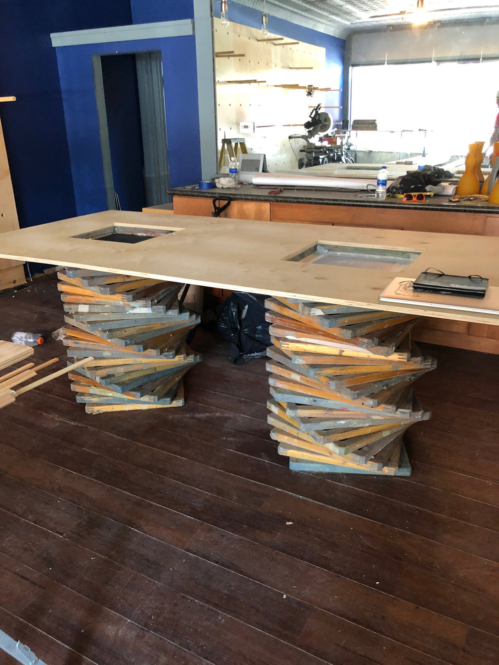 Old screens converted into a work table