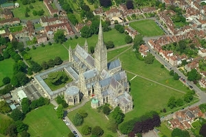 Chauffeur Driven Tour of Historical Salisbury