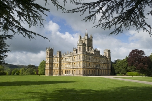 Basingstoke Executive Car Service to Highclere Castle