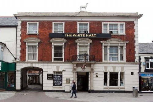 Visit the White Hart in Andover