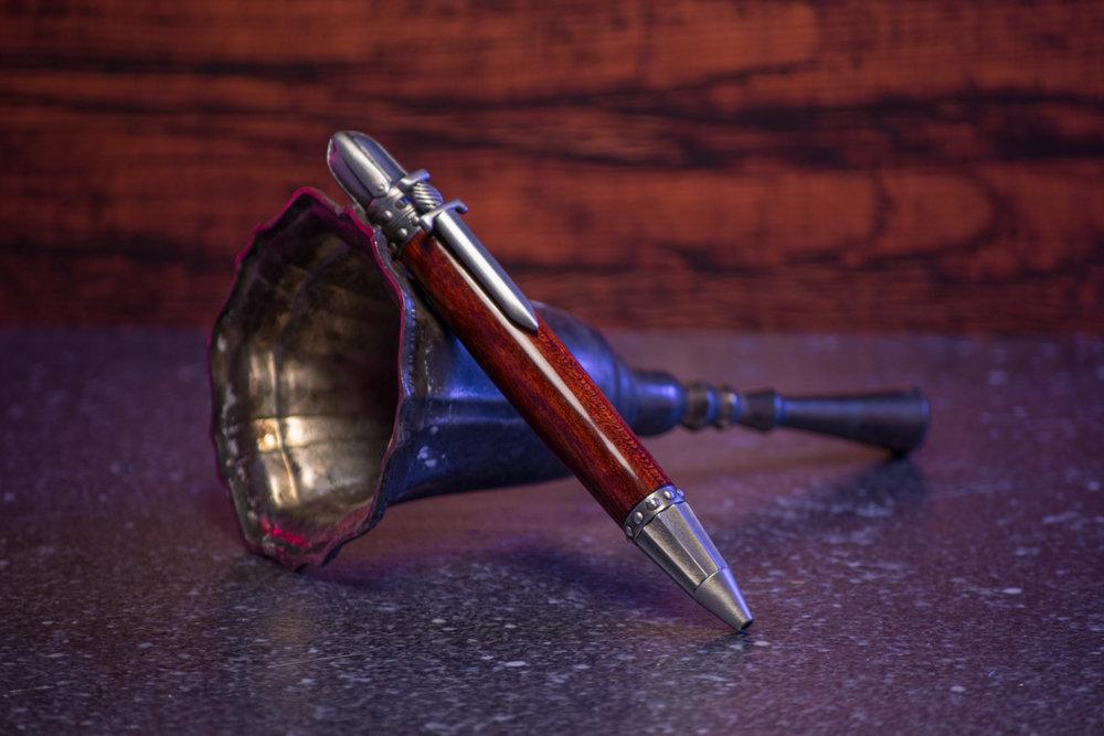 KnightPenThumb-5.jpg