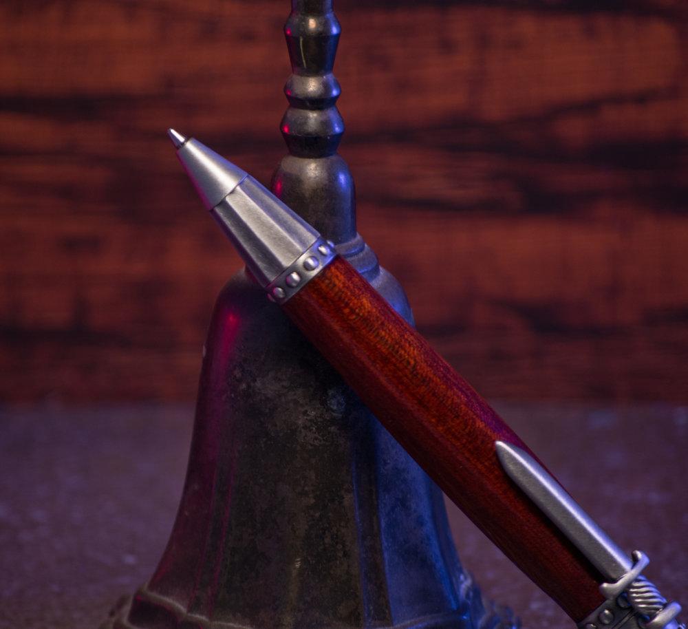 KnightPenThumb-4.jpg