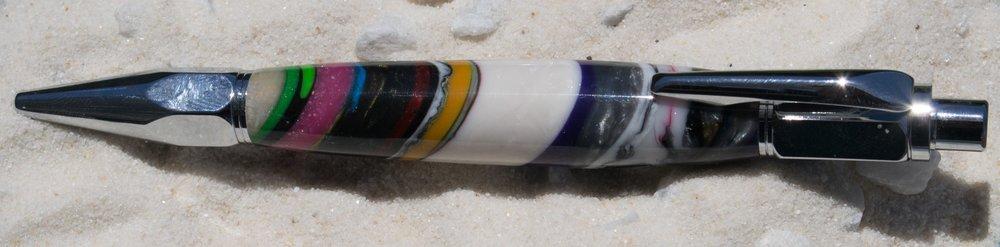 Strata Pen-7.jpg