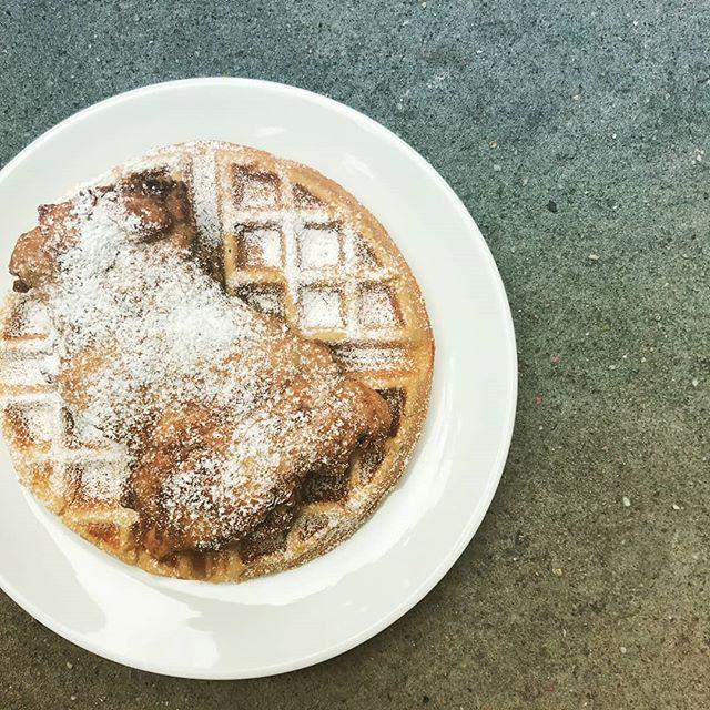 Chicken + Waffle = Brunch Power Couple . . . . #chickenandwaffles #brunch #eeeeeats #nyc #brooklyn #food #foodporn