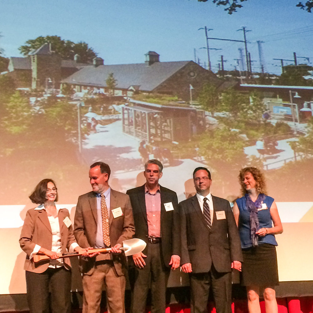 2014 DVGBC Award Photo_edited.jpg