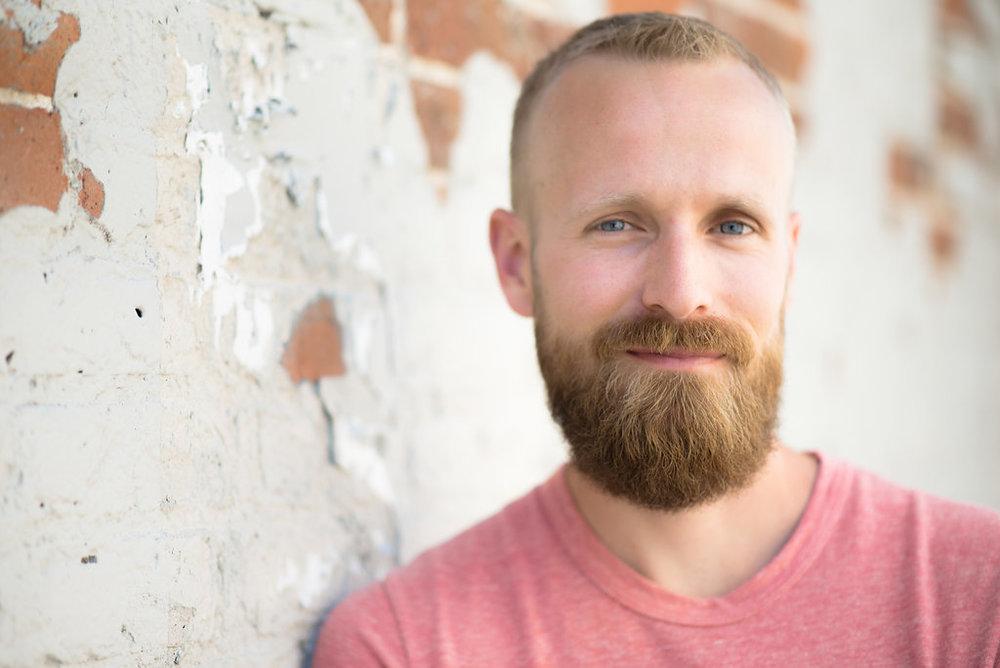 Brian-happy-hour-headshot-Denver09-AlternativeEdits.jpg