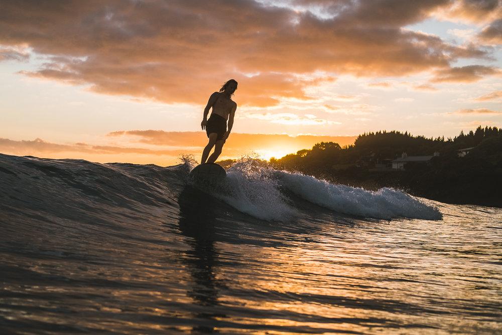 Surfing Mal Waipu (Kalani) photo Ord-120.jpg