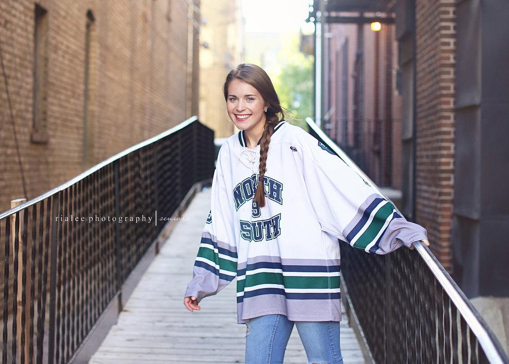 fargosouthgirlshockey.jpg