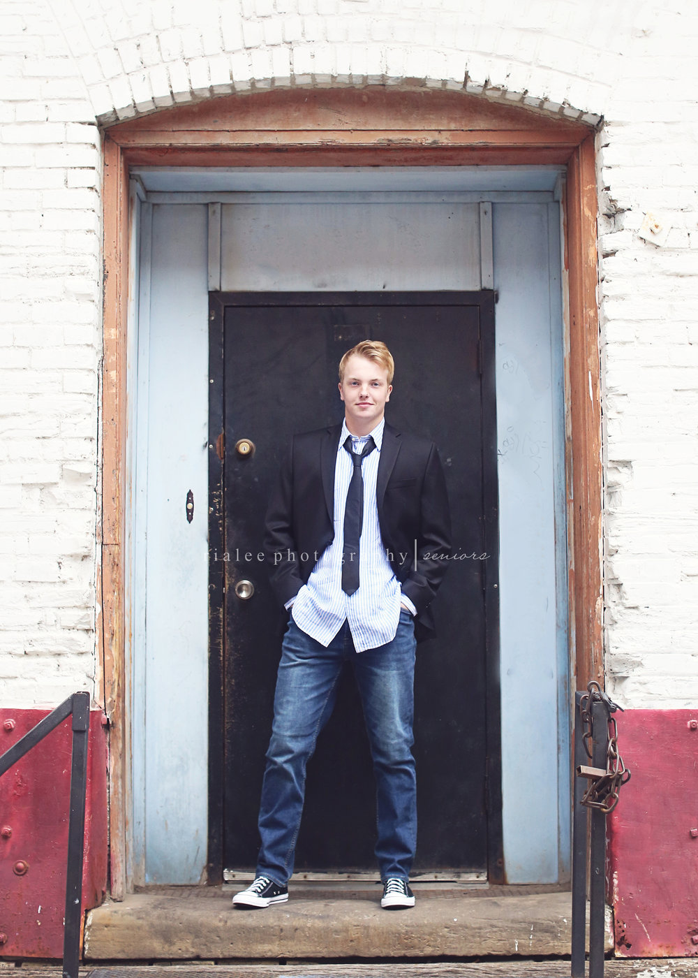 bestseniorphotographersfargo.jpg