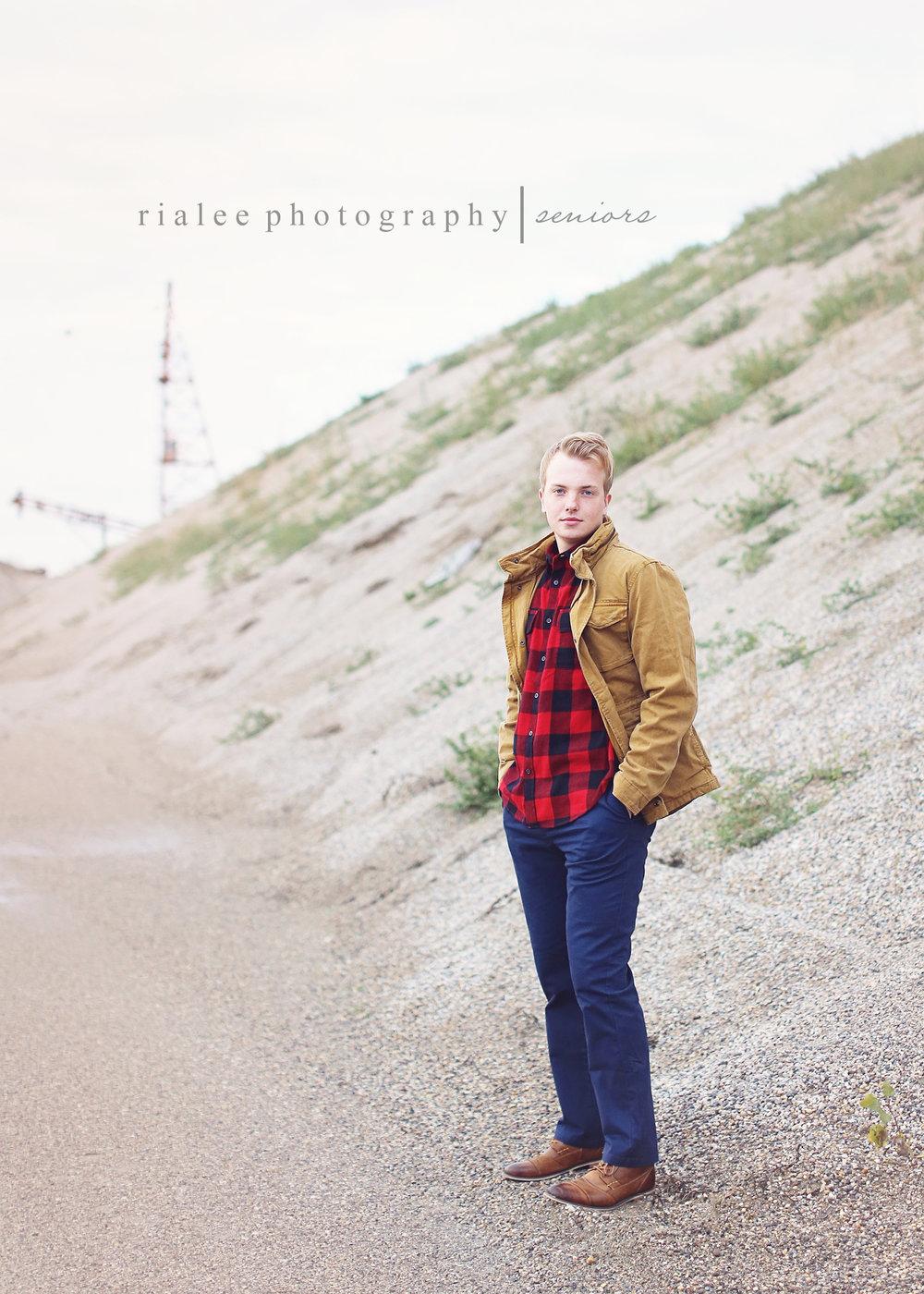 moorheadseniorphotographers.jpg