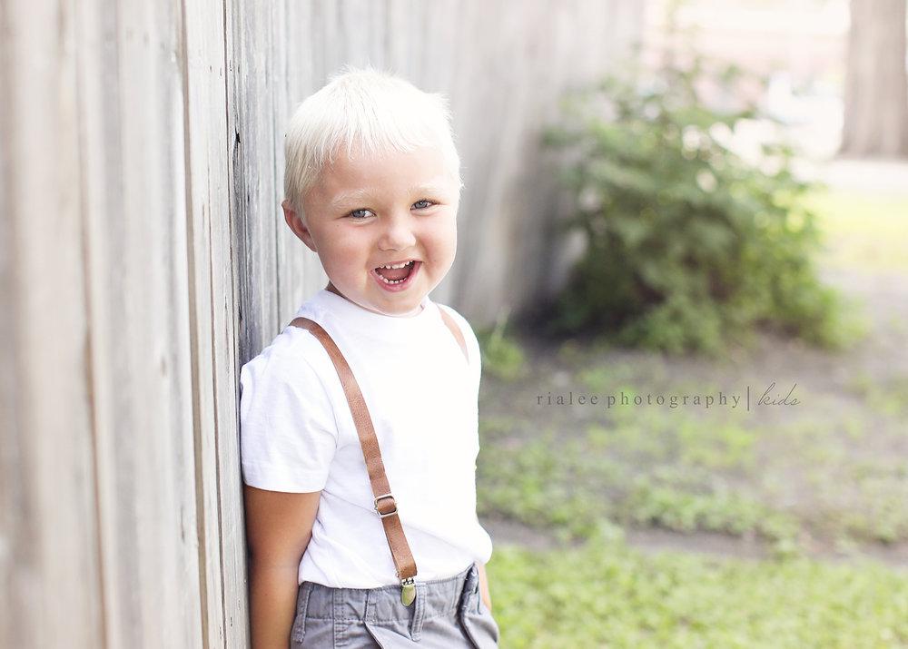 kidsphotographersinfargo.jpg