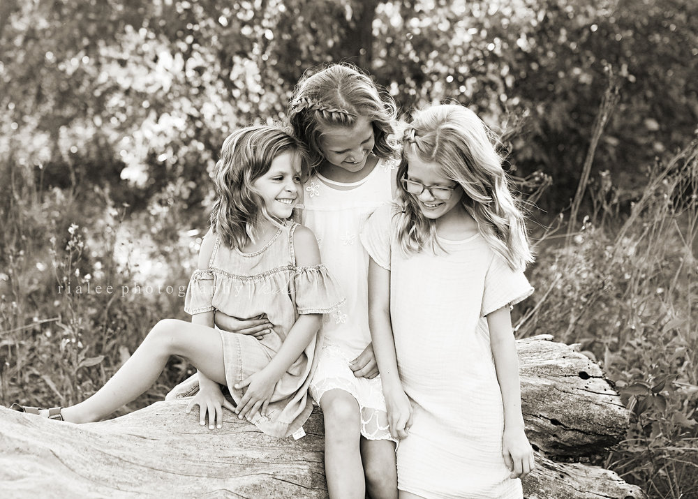 childrensphotographersfargond.jpg