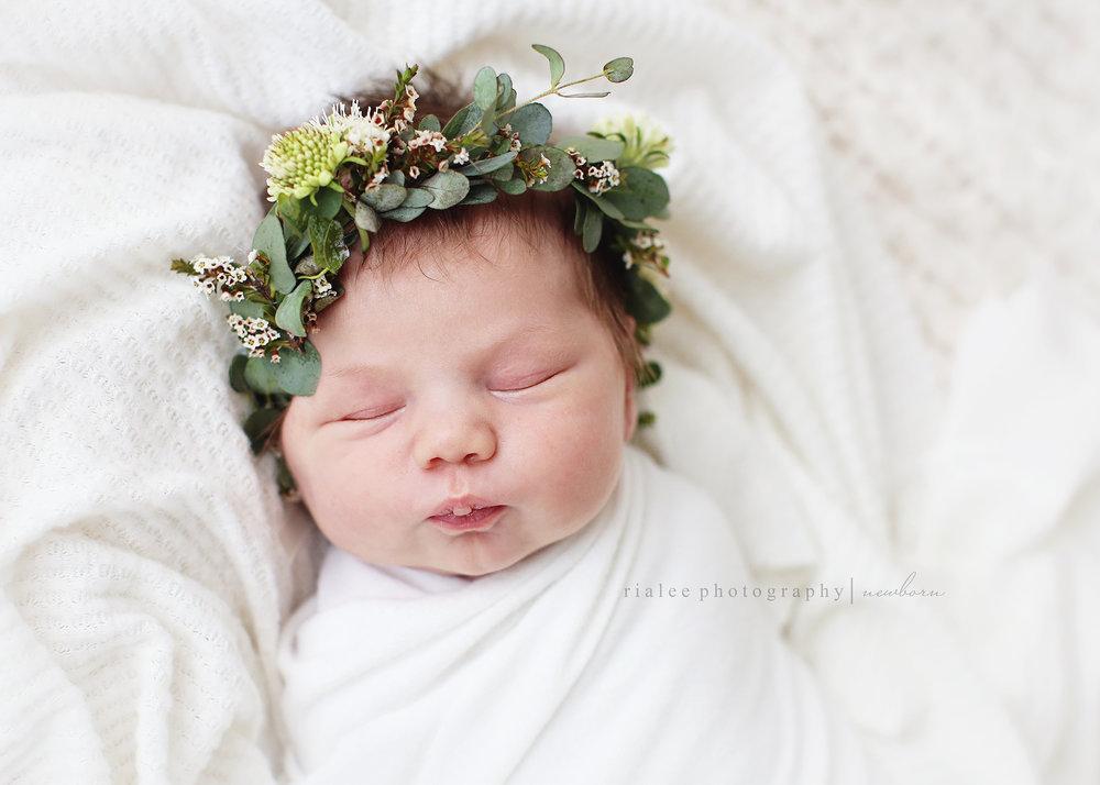 newbornsrialeephotography.jpg