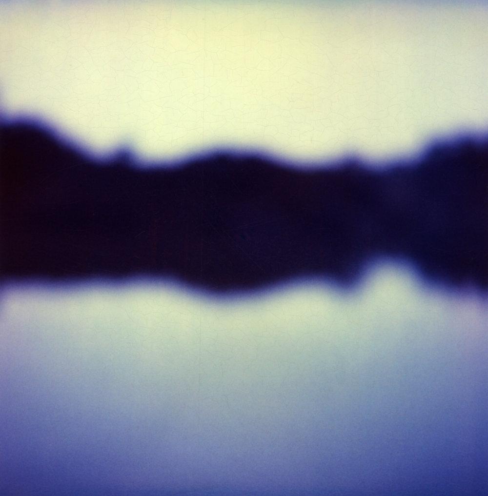 lake001.jpg