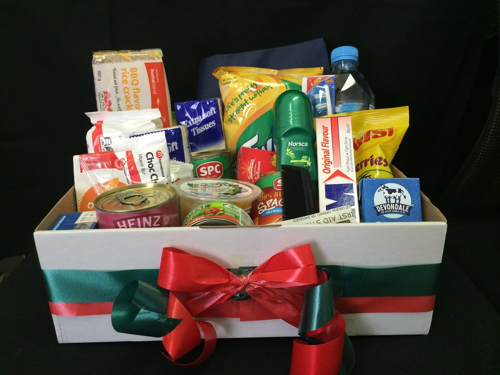 HAMPERS for HOMELESS - Since 2015 the Rotary Club of Collingwood have assisted more 1,000 individuals and families at Christmas time.We have also partnered with The Wellington to provide hampers to more than 100 families. Find out how you and your friends can help
