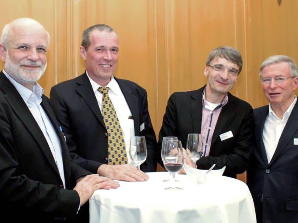 """Dr. Herbert Wanner, Vorname Nachname, Vorname Nachname und Christoph Schmid (von links nach rechts) am CGZ Forum """"Internet of Things"""""""