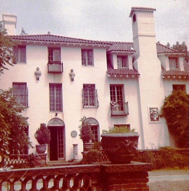 Photo taken by GB in 1971   ( about GB )