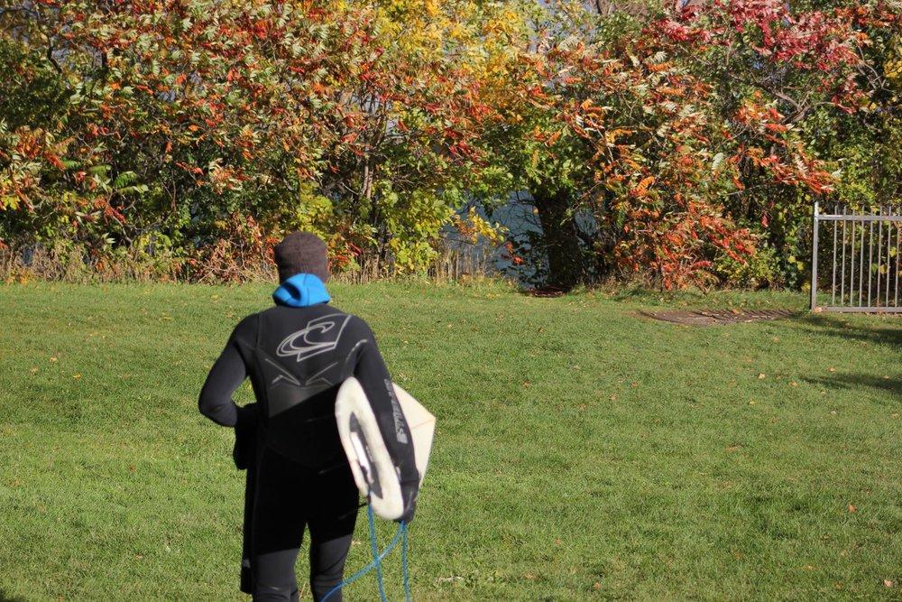 Expérience unique - Amateur de plein air et de sport nautique?Votre seul regret sera de ne pas avoir découvert le surf de rivière à Montréal plus tôt.