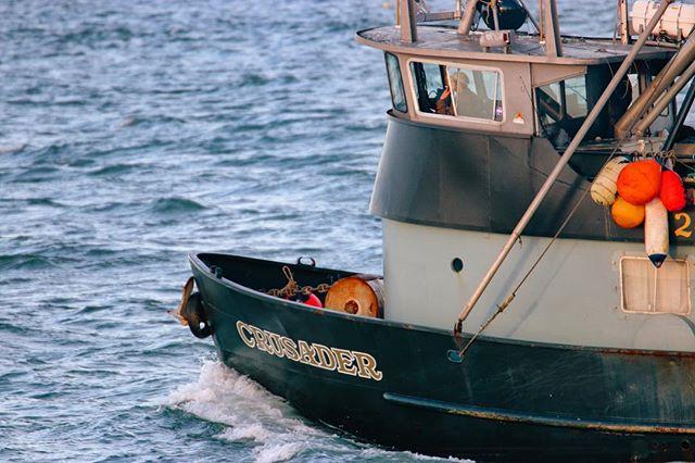F/V Crusader - Headed Out . . . . #washingtonexplored #washingtonstate #pnw #pnwonderland #pnwlife #pnwcollective #fishing #fishinglife #commercialfishing #fishingboat #optoutside #upperleftcoast #upperleftusa #westportwa #discovergraysharbor