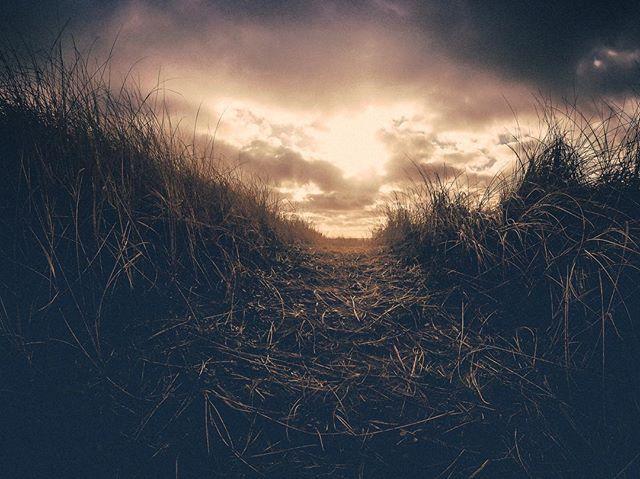 After the Storm . . . . . #washingtonstate #washingtonexplored #westportwa #sunset #beach #dunes #gopro #welivetoexplore #exploremore #optoutside #upperleftusa #upperleftcoast #pnw #pnwonderland #pnwphotographer #pnwlife #pnwcollective