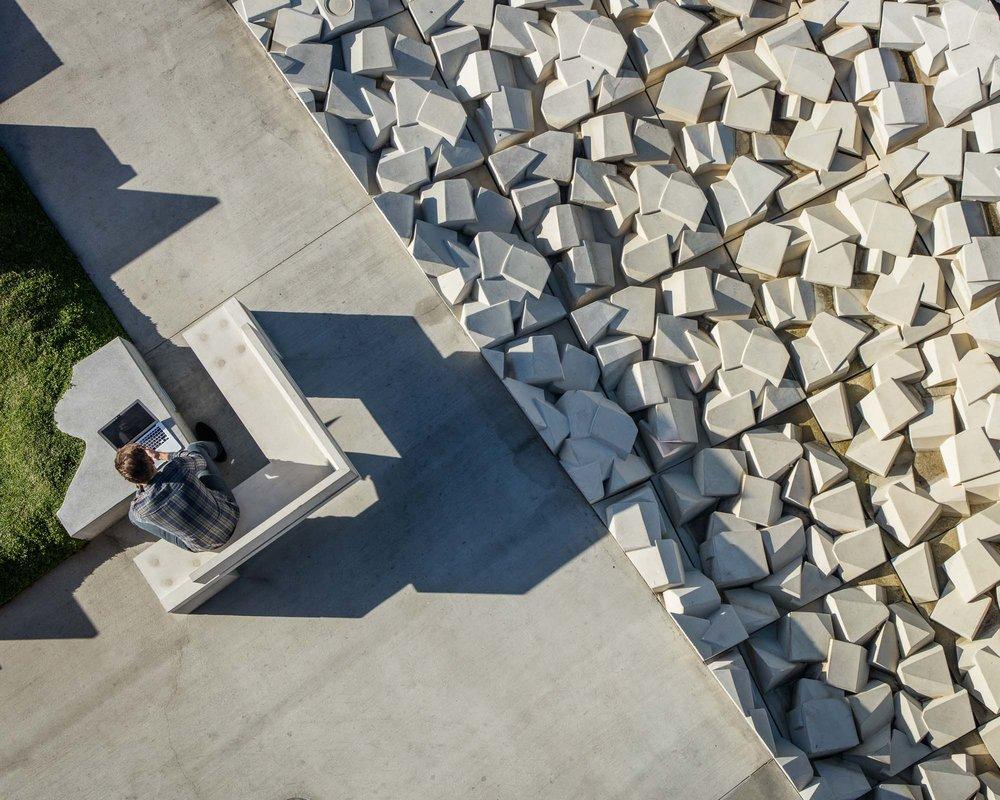 Vespertine, Culver City, CA - Eric Own Moss Architects
