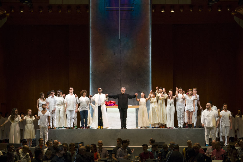 Mostly Mozart Festival Orchestra Music Director Louis Langrée and the orchestra and cast of Lincoln Center's production of Leonard Bernstein's MASS. © Richard Termine.