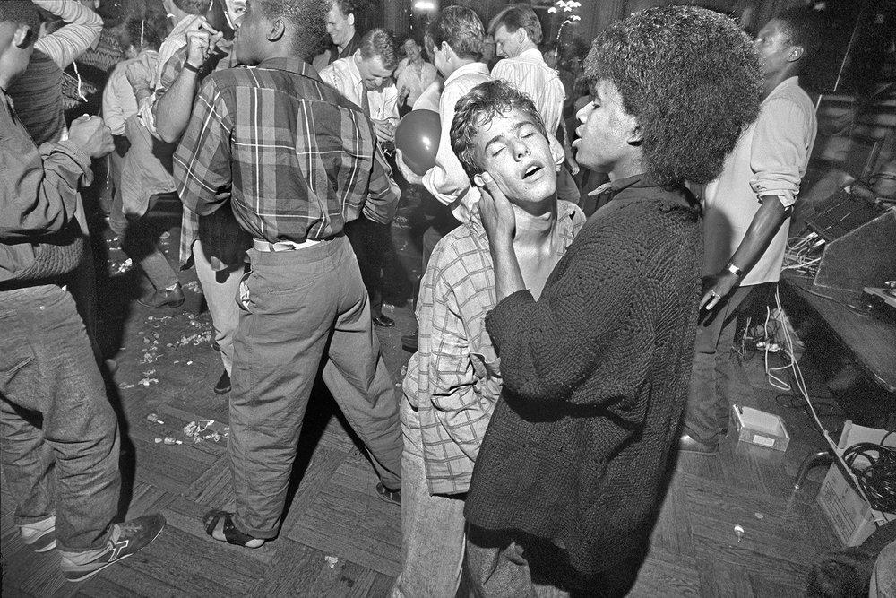 05-ThomasAlleman-DancingInTheDragonsJaws-AF-Dec2018.jpg