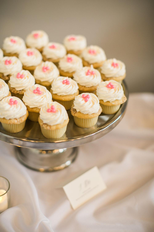 Ivor+Bliss - Molly's Cupcakes.jpg