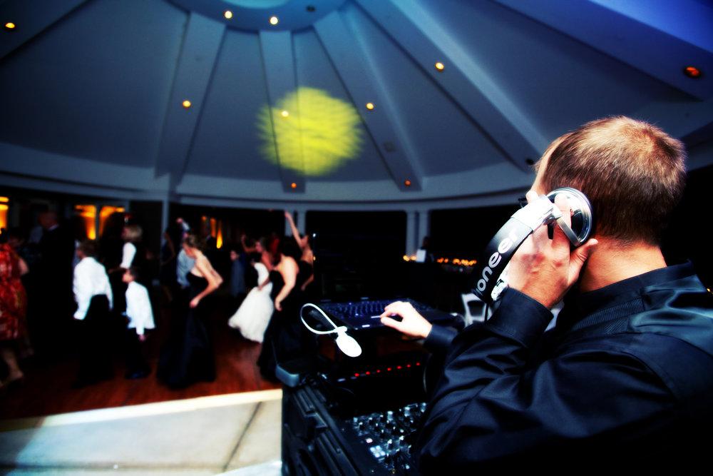 DJ Photo Glen Oaks.jpg