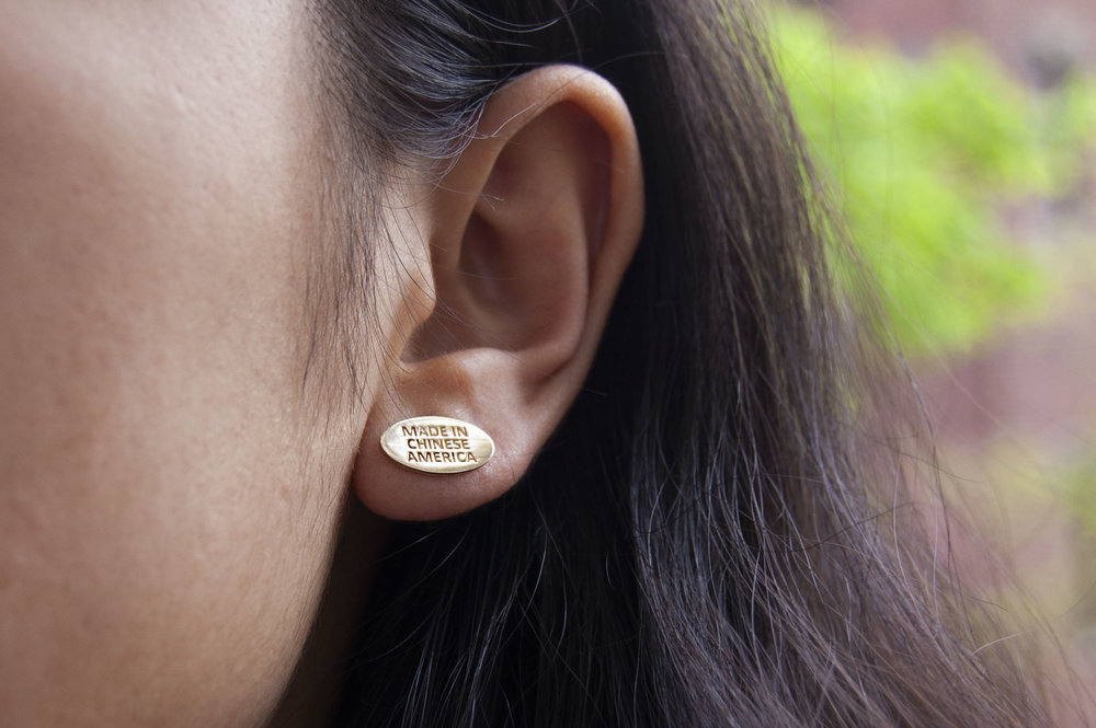 - Match your lobes with your neck, here!