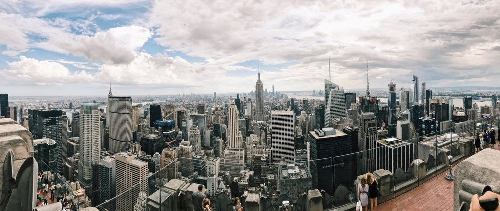 Okay y'all.  I had been to Manhattan a few times, but this was my first Top of the Rock tour.  💯 MUST.  So worth the breathtaking view, I could have spent hours up there.   We walked a total of 25+ miles in the city and had a blast exploring Central Park, Little Italy, Union Square, Grand Central Station and more.