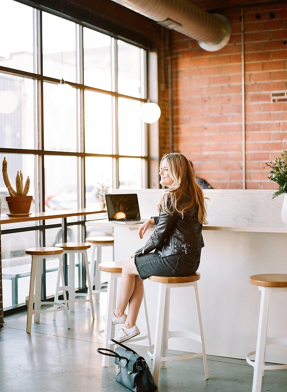 social media coordinator strategist digital marketing_6596.jpg