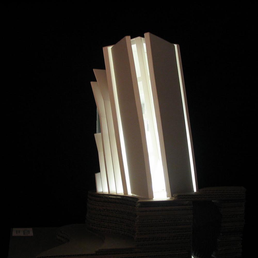 light tower.JPG