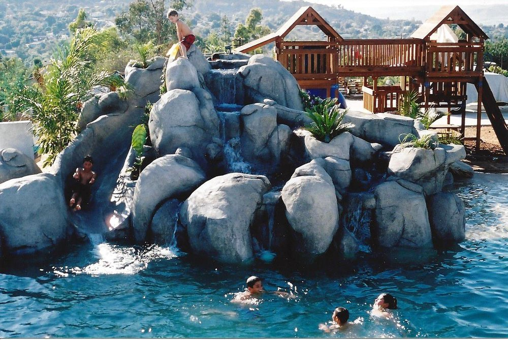 Large water feature,Slide.jpg