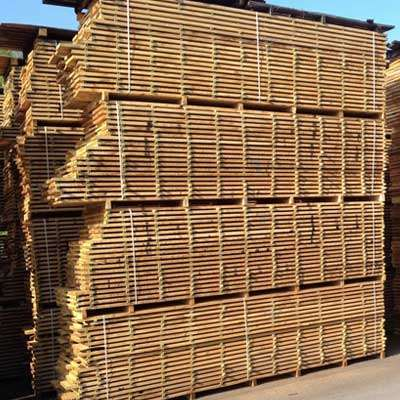French Oak Sawn Boards from the Lorraine Valley   French Oak from the Lorraine region of France boasts the wide grain patterns unique to the area's mild winters, along with the exclusivity and assurance that comes with full certification from the mill itself.