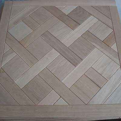 French Oak Versailles Panels   The most commonly recognised parquet panel in the antique flooring world is the Parquet de Versailles. Initially a symbol of the French chateaus it is now associated with modern and timeless classic design.