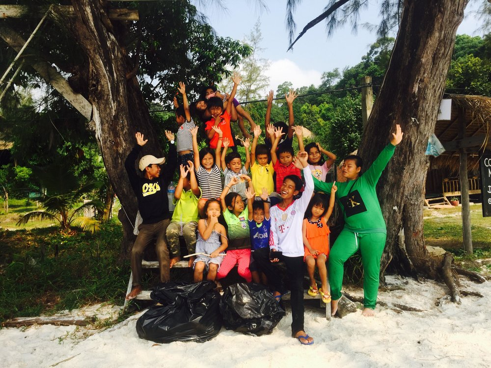 beach clean koh rong